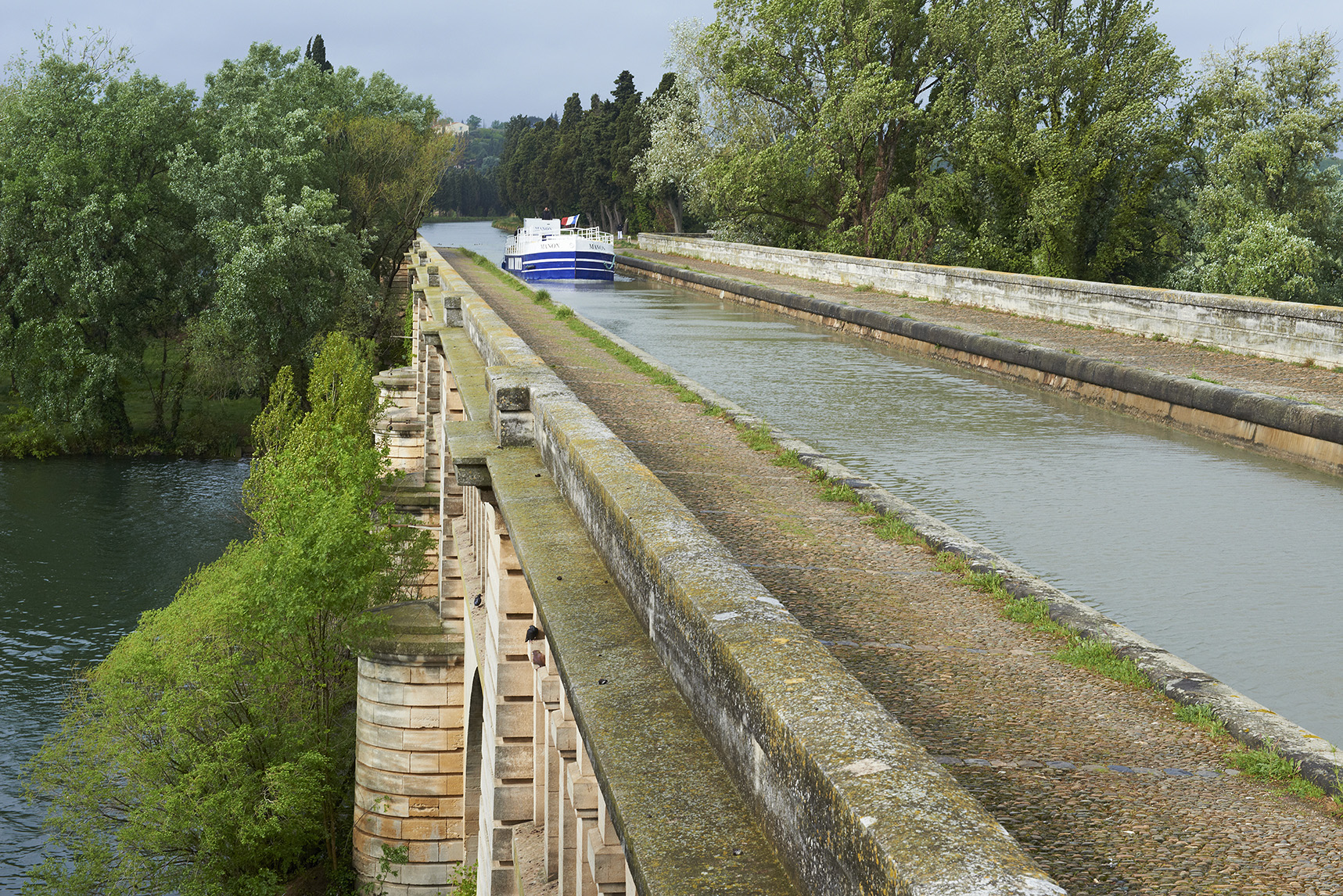 France, Herault department, canal bridge of Beziers, the Canal du Midi