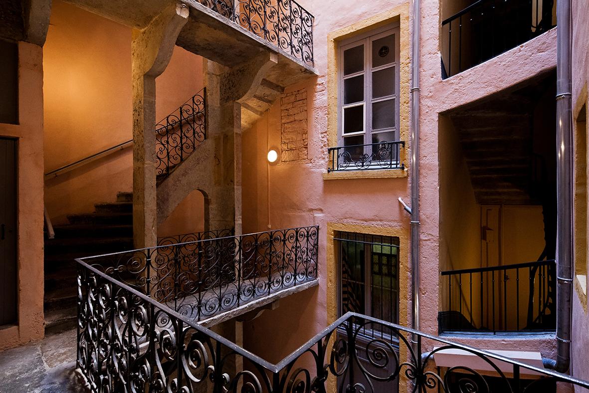 12 rue Fernand Rey traboule HD©www.b-rob.com_02