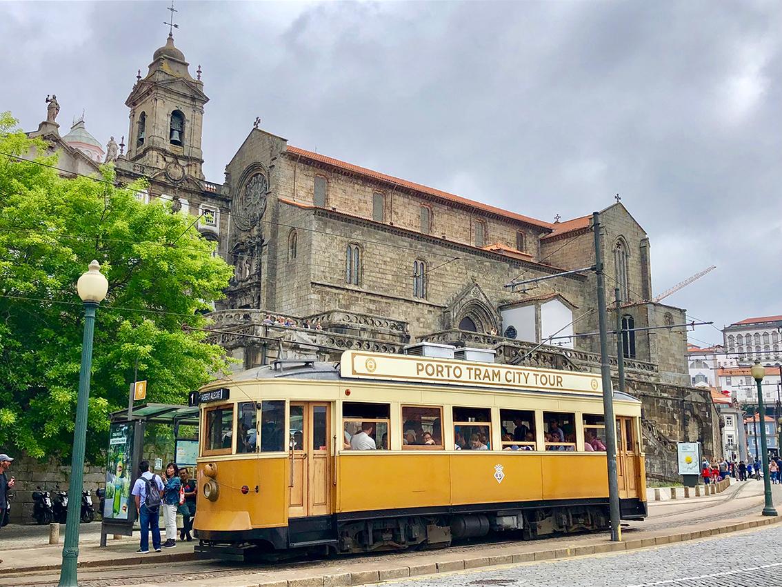 CARNET VOYAGE Porto tram city tour
