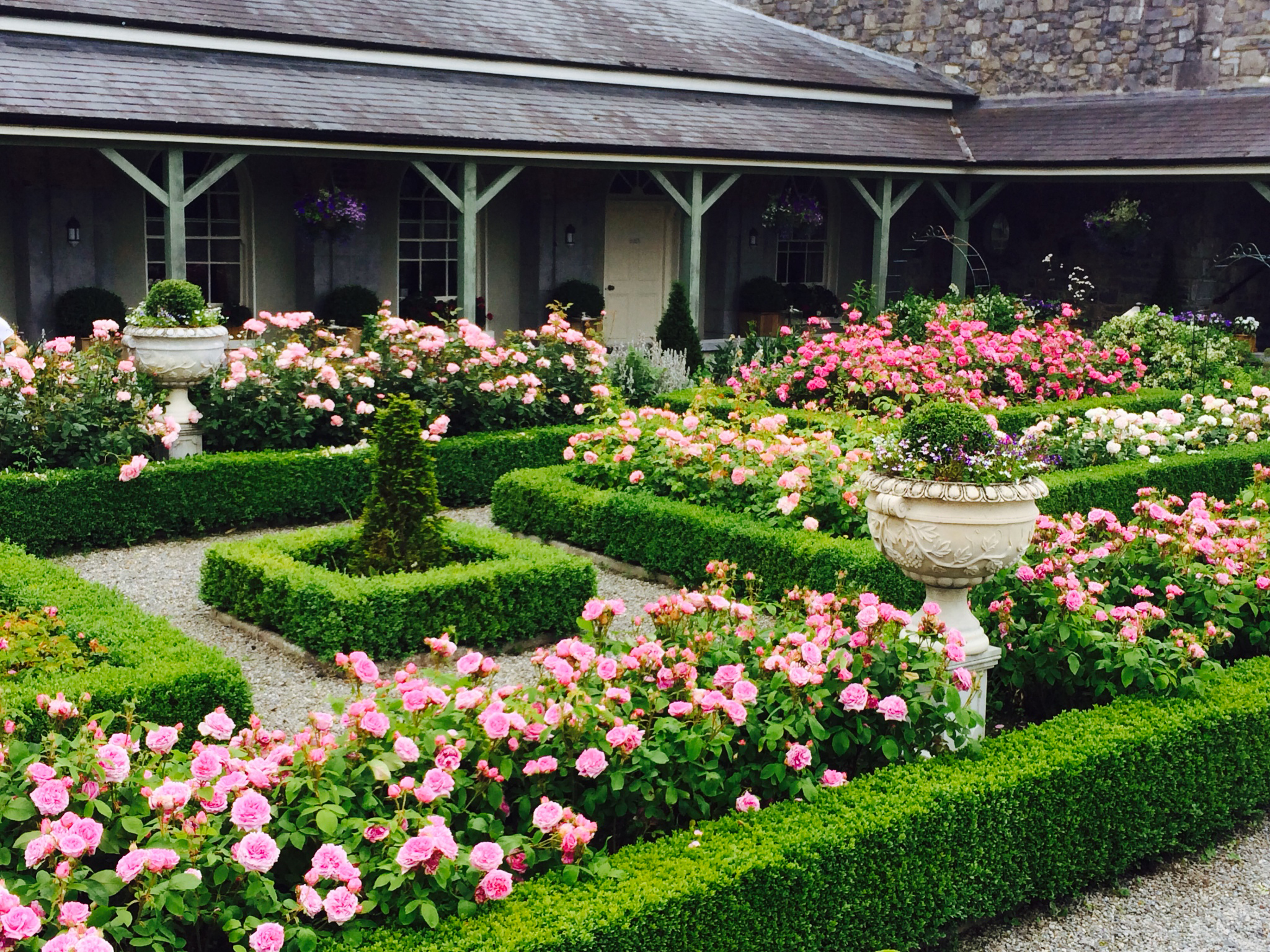Castle-Durrow Exterior-Rose-Garden