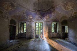 ITALIE -Nord Chateau abandonné