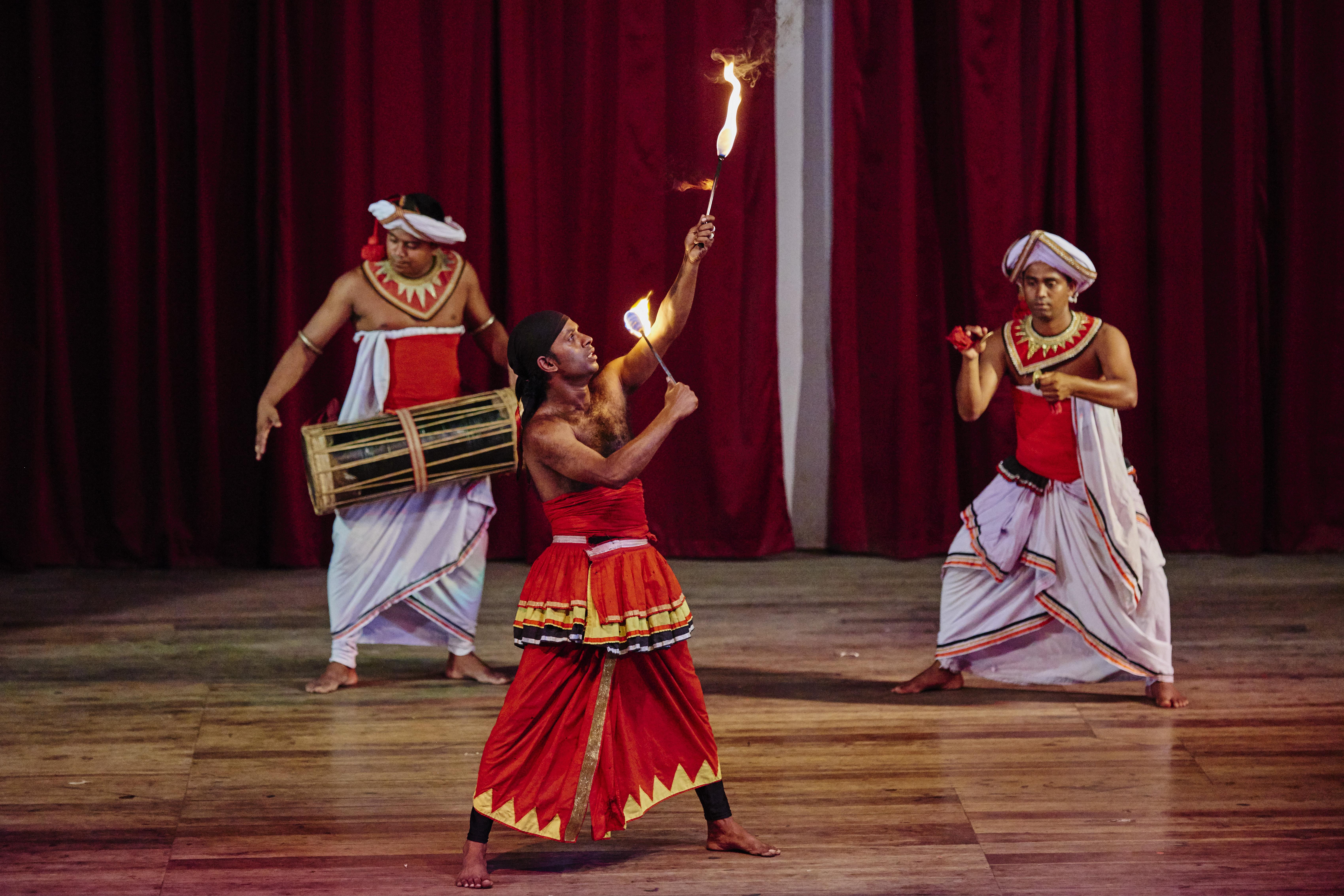 Sri Lanka, Kandy, Kandyan danse show