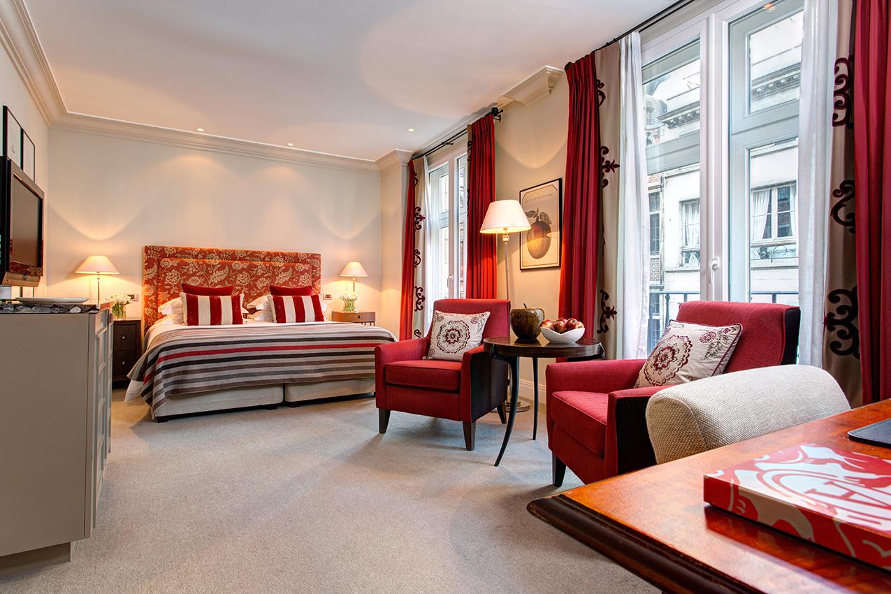 12 RFH Hotel Amigo - Deluxe Room 6676 JG Nov 16