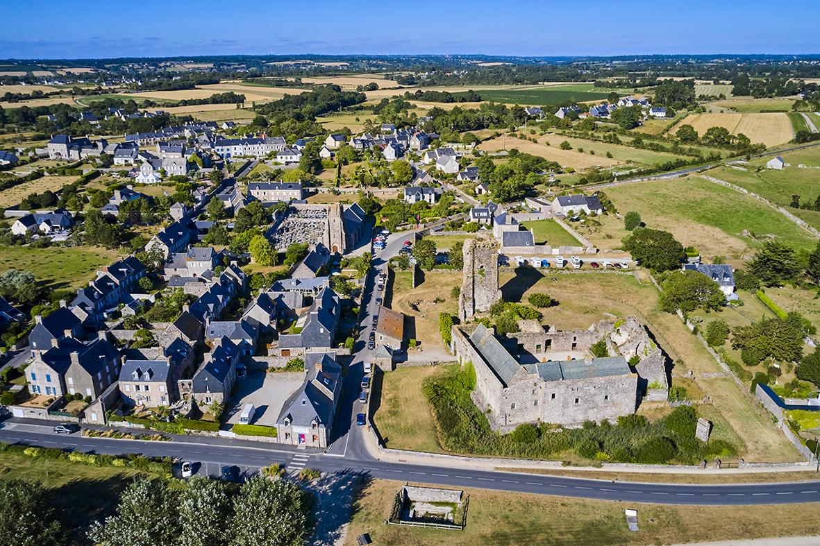 France, Normandy, Manche department, Regnéville-sur-Mer, Regnéville haven