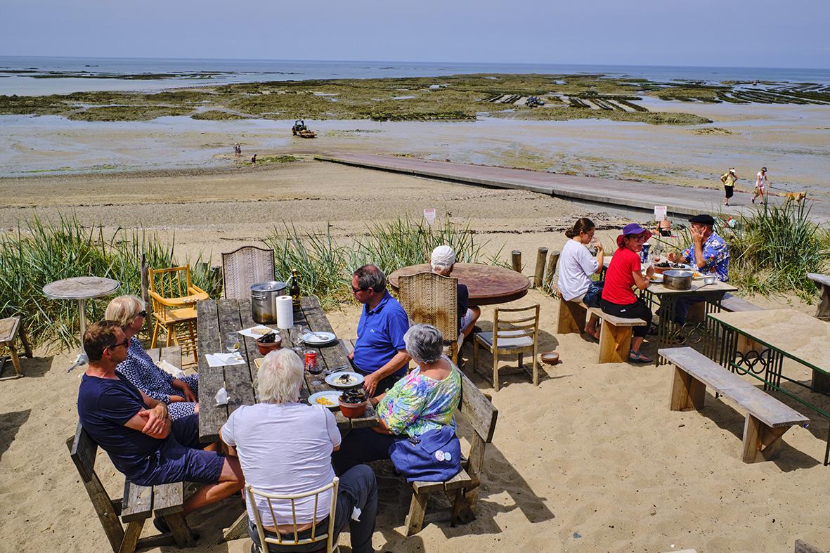 Manche department, Blainville-sur-Mer, La Cale restaurant