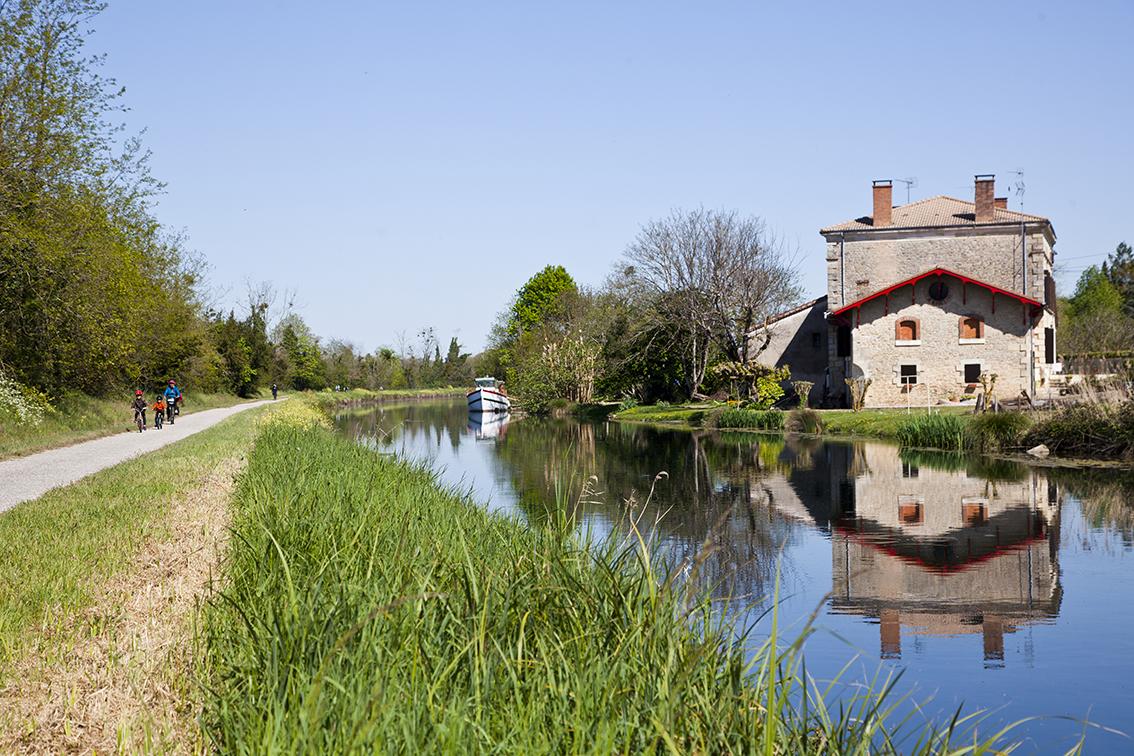 Canal-de-la-Garonne-IMG_8489