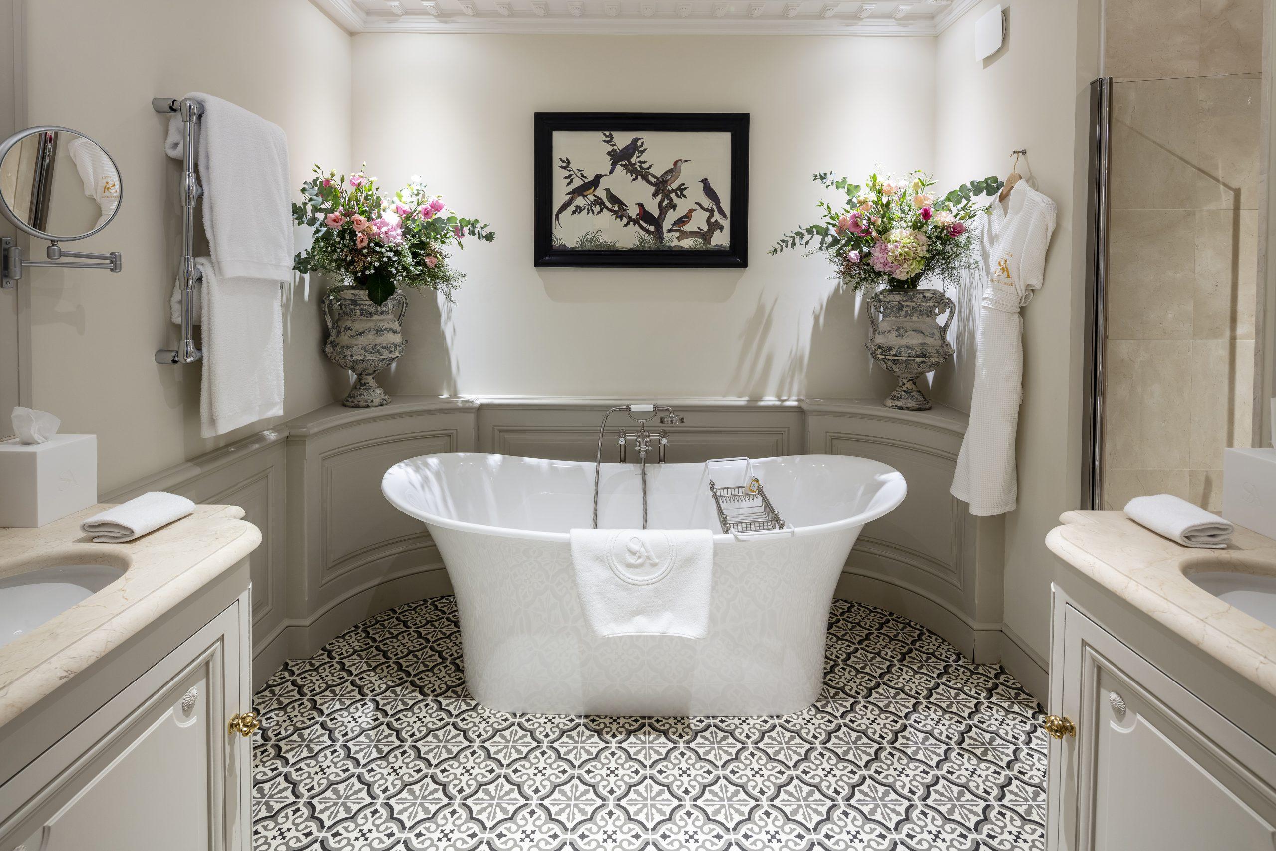Chambre 11_Salle de bain _ Prestige
