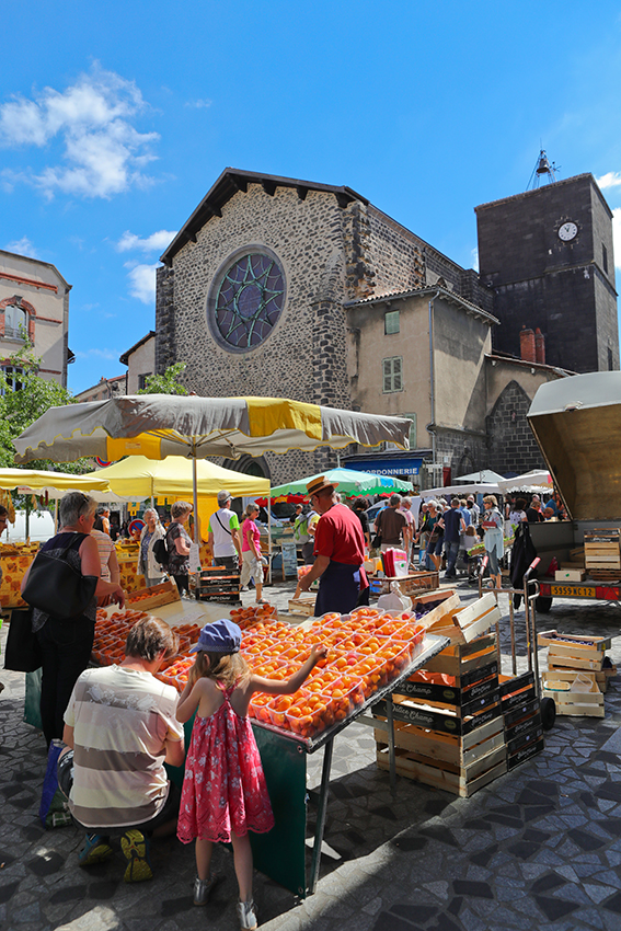 Marché Saint-Flour-6349© Hervé Vidal